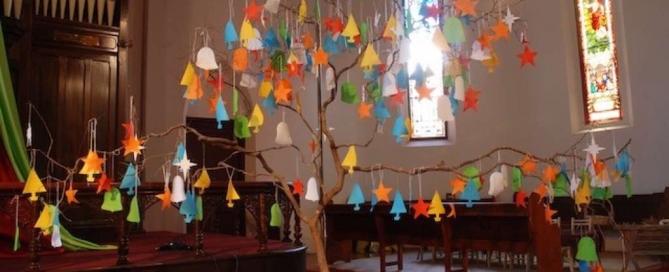 advent season 2007 Spicer Uniting Church. Tree of prayers, christmas star.
